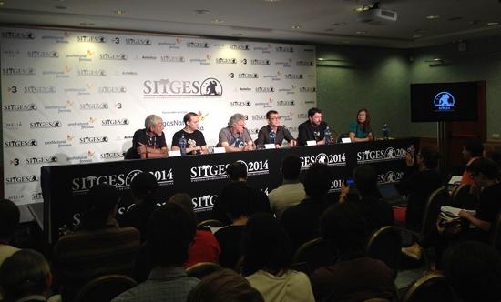 Rueda de prensa con Ángel Sala anunciando el palmarés del festival junto al jurado