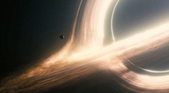 Una de las espectaculares imágenes de Interstellar