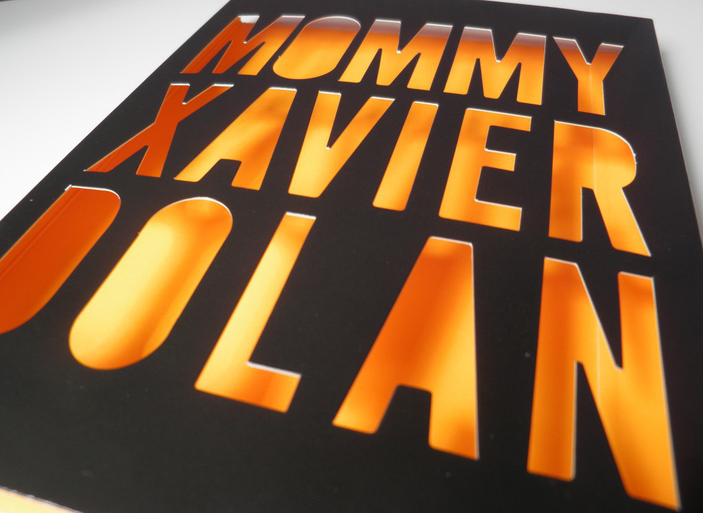 Detalle funda Blu-ray Mommy Edición Cameo/Avalon
