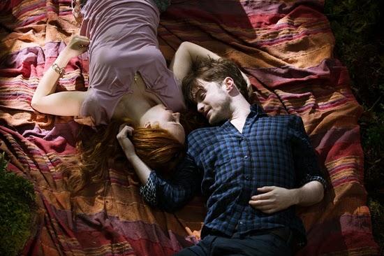 Una imagen de Daniel Radcliffe y Juno Temple en Horns