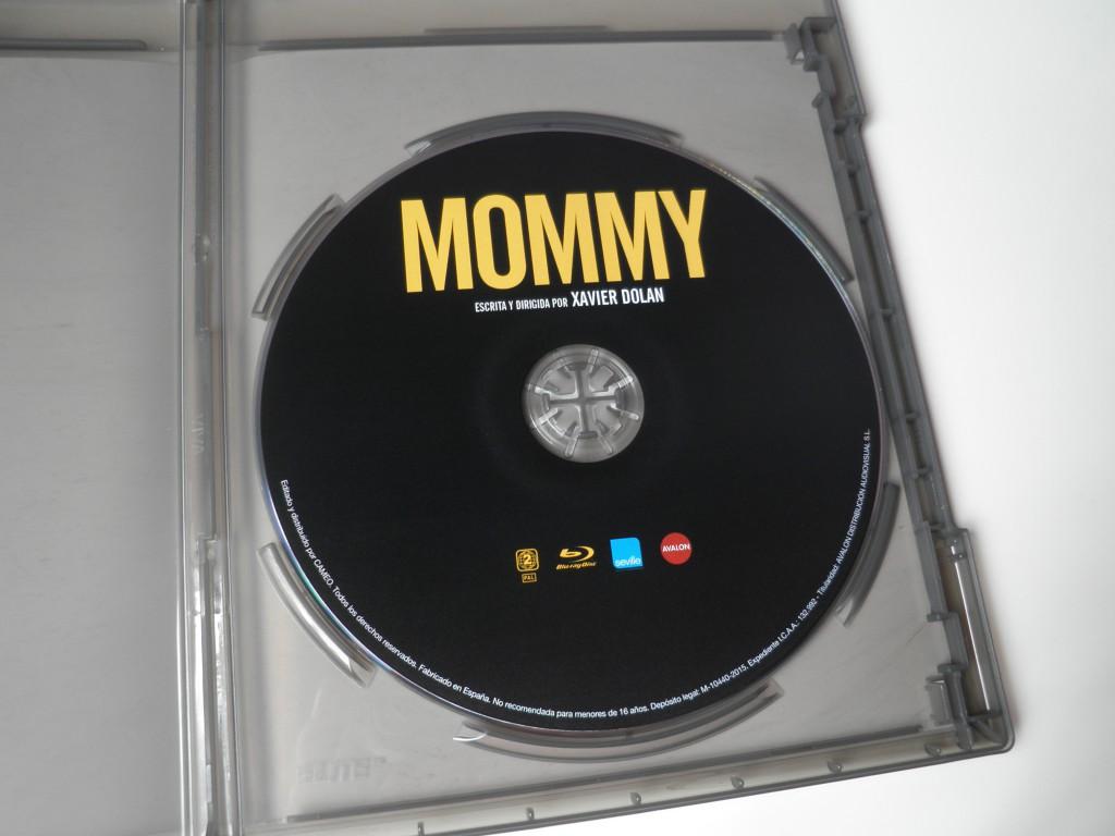 Interior Blu-ray Mommy Edición Cameo/Avalon