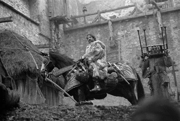 hard_to_be_a_good_rumata_horse