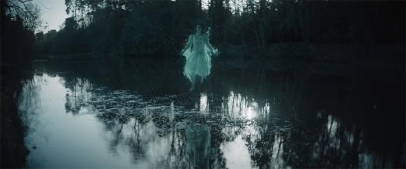 Una imagen de The Lodgers, dirigida por Brian O'Malley