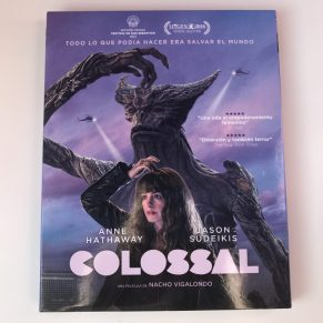Colossal Blu-ray portada funda