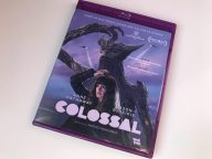 Colossal Blu-ray portada amaray