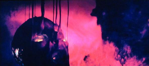 La descomposición en Beyond the Black Rainbow, dirigida por Panos Cosmatos