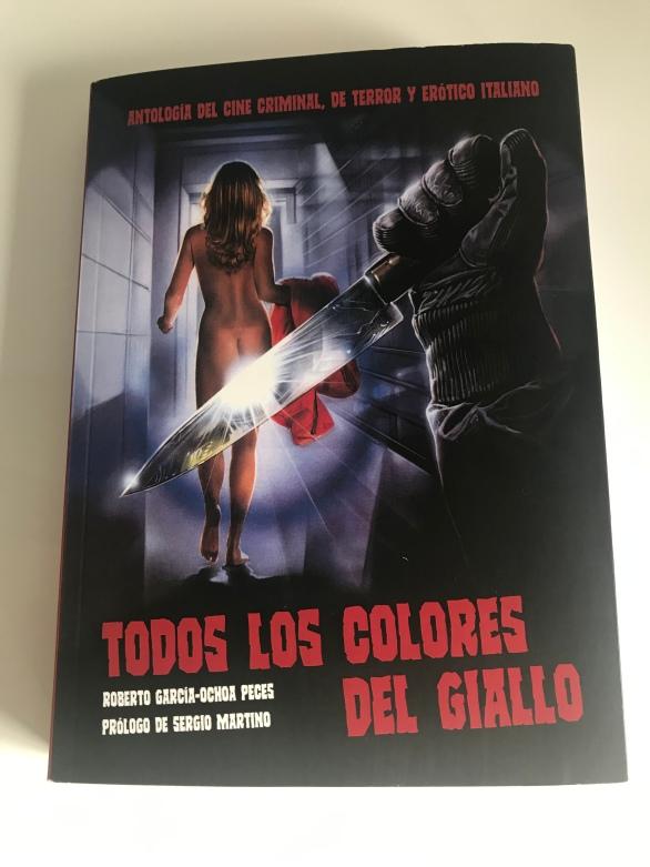 Portada del libro Todos los colores del giallo. Antología del cine criminal, de terror y erótico italiano