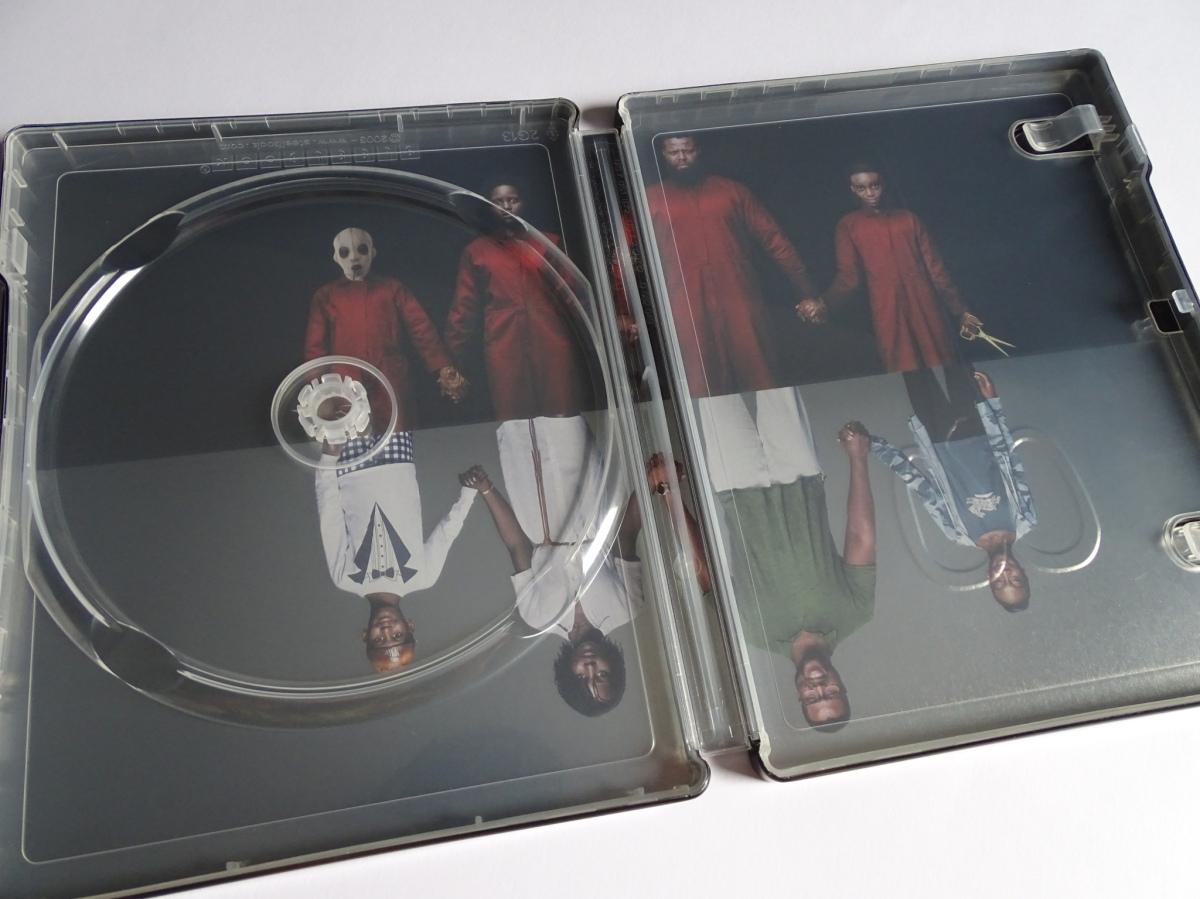 interior del steelbook de Nosotros (Us) en Blu-ray - 2