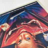 Detalle de la portada de la funda de Abrakadabra